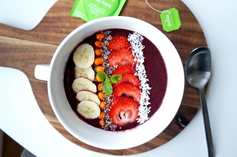 I förkylningstider är det bara att vitaminboosta och då är smoothies i form av en acai bowl utmärkta.